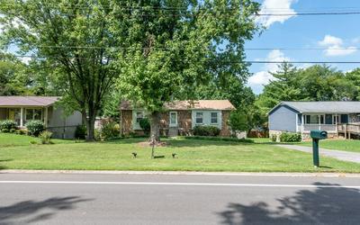 215 EVERGREEN CIR, Hendersonville, TN 37075 - Photo 2