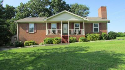 671 LAKESIDE DR, Springfield, TN 37172 - Photo 1