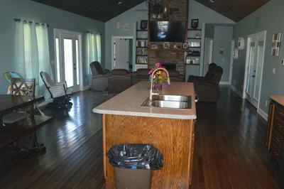 4855 WINCHESTER HWY, Hillsboro, TN 37342 - Photo 2