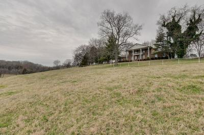 1427 HORSE MOUNTAIN RD, SHELBYVILLE, TN 37160 - Photo 2