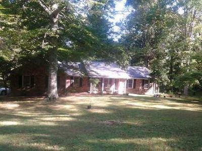 100 CEMETERY RD, Lawrenceburg, TN 38464 - Photo 2