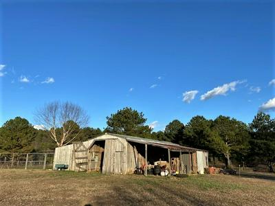 47 BEN THOMPSON RD, Kelso, TN 37348 - Photo 1