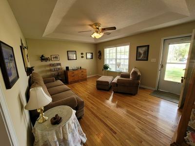 992 MERRITT LEWIS LN, Clarksville, TN 37042 - Photo 1