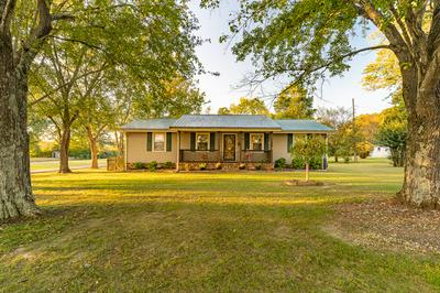 546 WEAKLEY CREEK RD, Lawrenceburg, TN 38464 - Photo 2