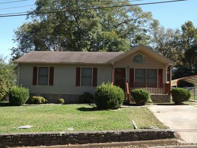 615 VICTORIA ST, Pulaski, TN 38478 - Photo 1