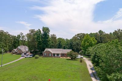 3817 LAKE RD, Woodlawn, TN 37191 - Photo 2