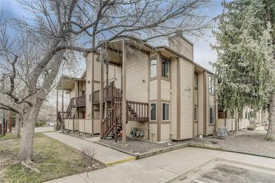 1075 S GARRISON ST APT 202, LAKEWOOD, CO 80226 - Photo 2