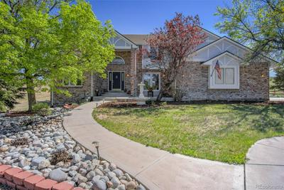 19227 E COSTILLA PL, Centennial, CO 80016 - Photo 2