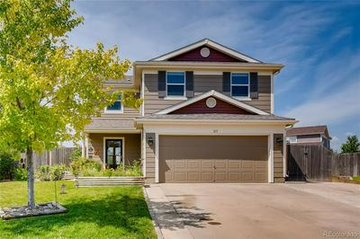 217 SILVER SPUR CT, Lochbuie, CO 80603 - Photo 1
