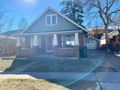 904 ARAPAHOE ST, Golden, CO 80401 - Photo 1
