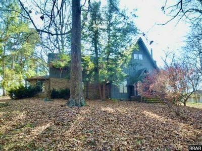 1899 STATE ROUTE 1529 E, Fulton, KY 42041 - Photo 1