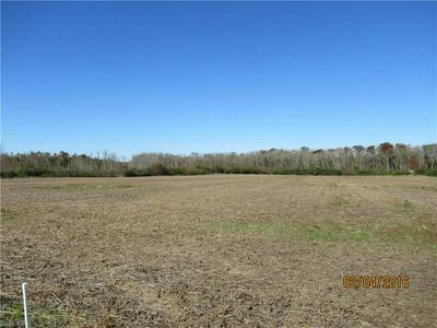 24 WEATHERFORD RD, Gates, NC 27937 - Photo 1
