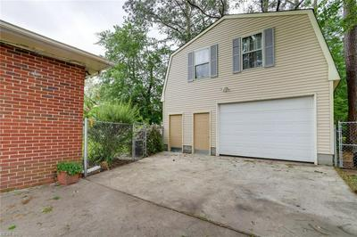 3911 TOWNE POINT RD, Portsmouth, VA 23703 - Photo 2