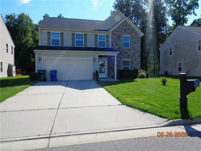 606 LEONARD LN, Newport News, VA 23601 - Photo 1