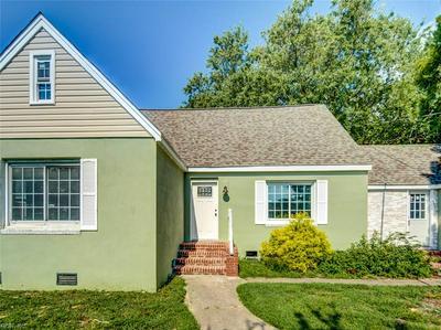 10 MCDONALD RD, Hampton, VA 23669 - Photo 1