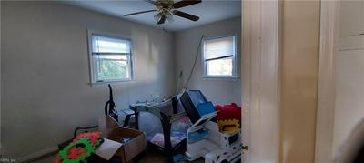 440 HUNLAC AVE, Hampton, VA 23664 - Photo 2