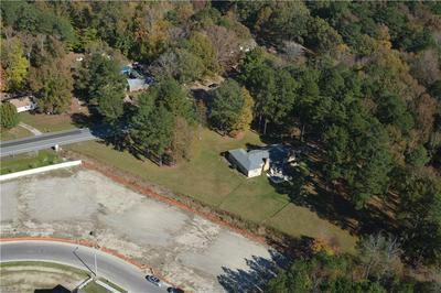 1401 BUTTS STATION RD, Chesapeake, VA 23320 - Photo 2