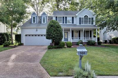 304 HOLLINGSWORTH CT, Yorktown, VA 23693 - Photo 2