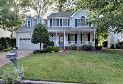 304 HOLLINGSWORTH CT, Yorktown, VA 23693 - Photo 1