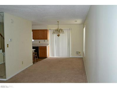 407 WOODVIEW LN, Hampton, VA 23666 - Photo 2