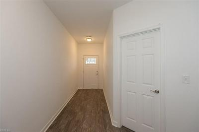 27 HOBSON ST, Portsmouth, VA 23704 - Photo 2