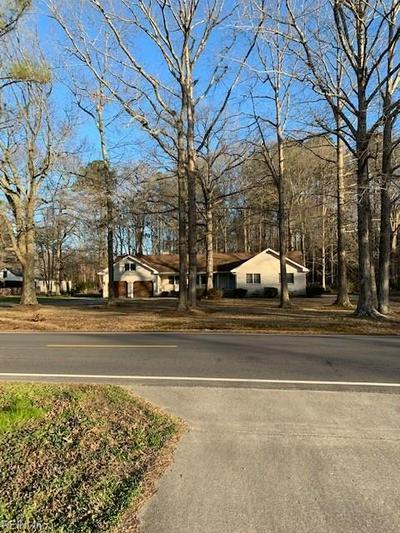 585 FERNWOOD FARMS RD, Chesapeake, VA 23320 - Photo 1