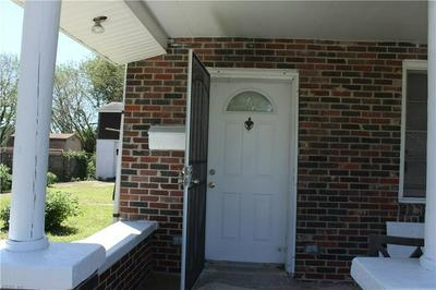 319 SYCAMORE AVE, Newport News, VA 23607 - Photo 2