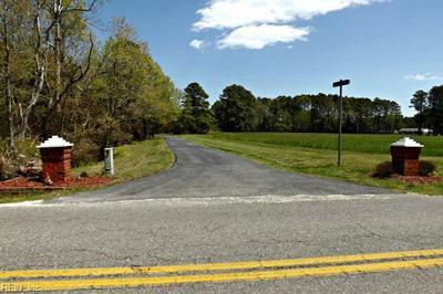 40 MOON HAVEN LN, Mathews County, VA 23119 - Photo 1