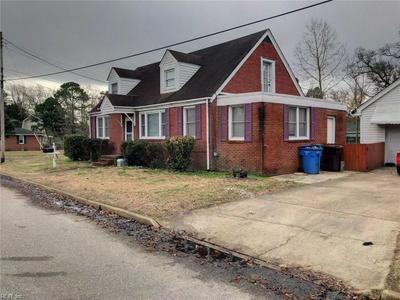 1108 VIRGINIA AVE, Chesapeake, VA 23324 - Photo 2