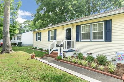 662 HARPERSVILLE RD, Newport News, VA 23601 - Photo 2