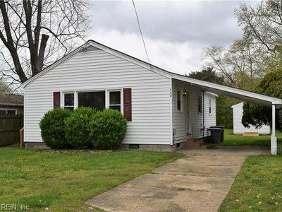 440 HUNLAC AVE, Hampton, VA 23664 - Photo 1