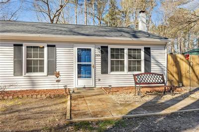 7656 WALNUT RD, Gloucester, VA 23061 - Photo 2
