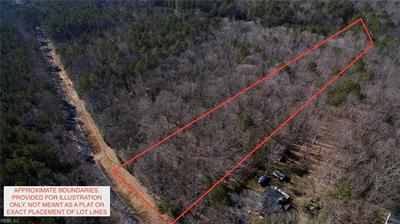 13 LAKEVIEW DR, Hartfield, VA 23071 - Photo 2