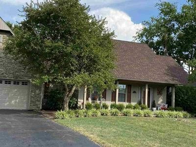 832 ROCKWOOD DR, Bowling Green, KY 42103 - Photo 2