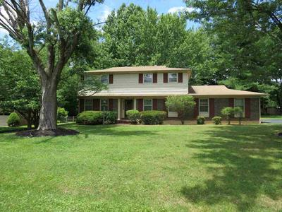 825 IRONWOOD DR, Bowling Green, KY 42103 - Photo 2