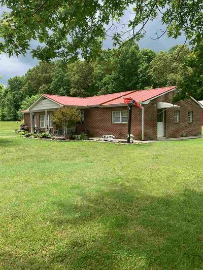 8899 CELINA RD, Burkesville, KY 42717 - Photo 2