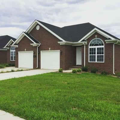 717 VILLAGE CREEK DR UNIT A, Bowling Green, KY 42101 - Photo 1