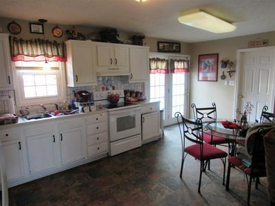 850 FRANKLIN RD, Scottsville, KY 42164 - Photo 2
