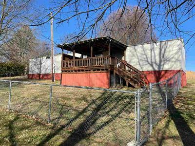 807 BROWNSFORD RD, Scottsville, KY 42164 - Photo 2