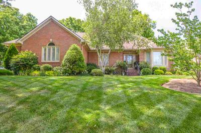 935 FAIRWAY ST, Bowling Green, KY 42103 - Photo 2