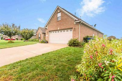 917 SUGARBERRY AVE, Bowling Green, KY 42104 - Photo 2