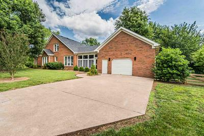 195 EASTWIND PL, Bowling Green, KY 42103 - Photo 2