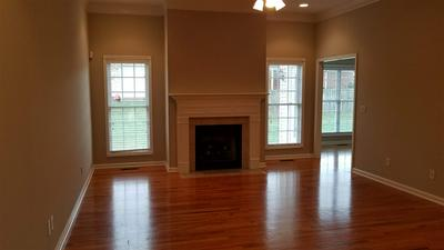 921 BOGEY WAY, Bowling Green, KY 42104 - Photo 2