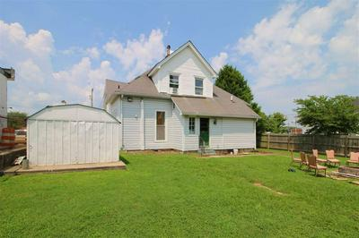 1246 CENTER ST, Bowling Green, KY 42101 - Photo 2