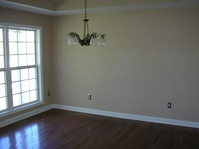 148 WINDING CREEK RD, Smiths Grove, KY 42171 - Photo 2