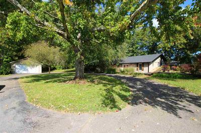 8202 CEMETERY RD, Bowling Green, KY 42103 - Photo 1