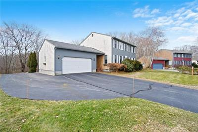 9 LAUREN LN, West Warwick, RI 02893 - Photo 2