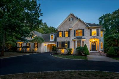 70 TIPPING ROCK DR, East Greenwich, RI 02818 - Photo 1