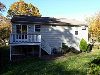 31 PEPPER BUSH TRL, Narragansett, RI 02874 - Photo 2