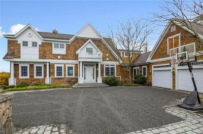 53 PORT CIR, Warwick, RI 02889 - Photo 2
